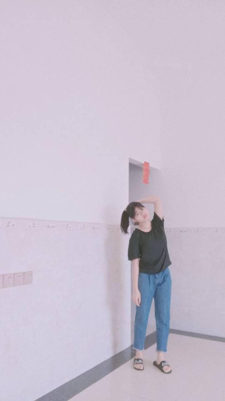 脑袋困掉了~-广东省·中山市·板芙镇-小红书  快手  微博 抖音-本人学生 ,155高 重90 平时就是喜欢拍照 拍视频,出图快效率高 喜欢舞蹈  书法