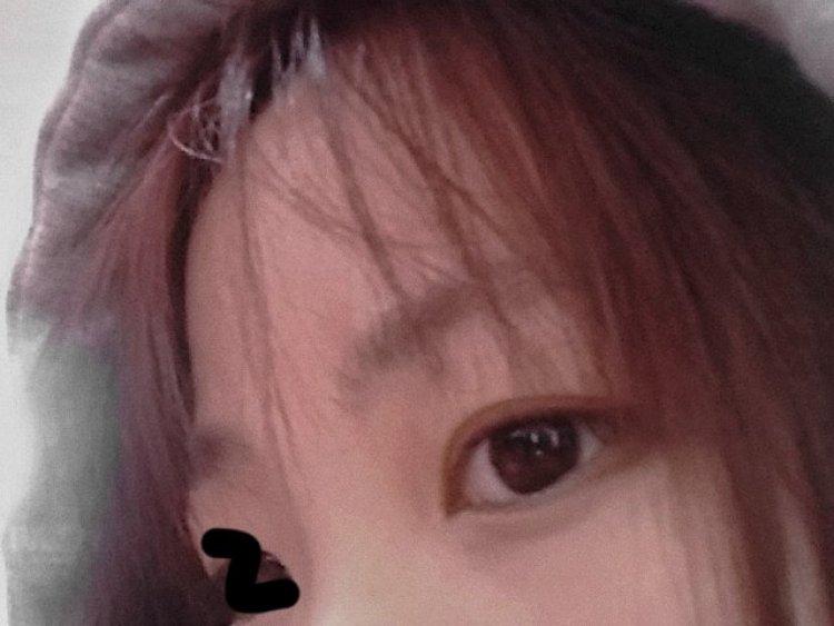 TikX.-浙江省·湖州市·吴兴区-快手-对首饰之类的很感兴趣,可接耳饰手链戒指项链以及美甲贴之类的买家秀也可接口红💄 唇膏等还有花店的