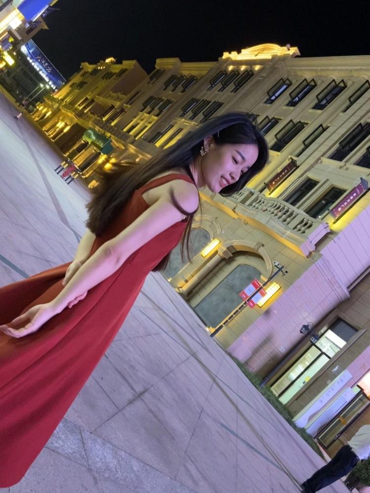 梦瑶-浙江省·温州市·乐清市-抖音 微博 小红书 快手-喜欢拍照拍视频 可接买家秀 寄拍 短视频vlog创作 免费试用 (衣服饰品类都可以)