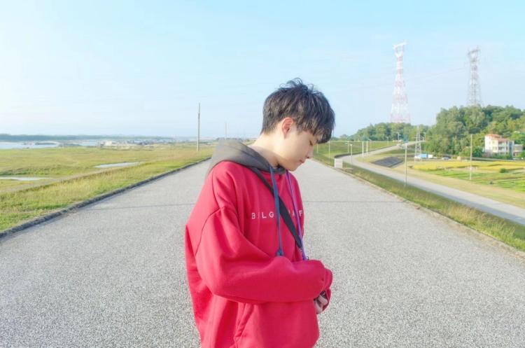 张家杰-广东省·广州市·番禺区--网拍!!在线接单