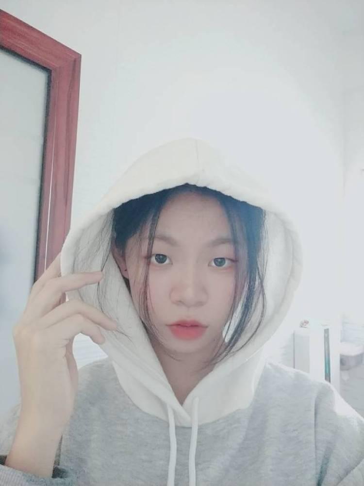 天天-广东省·广州市·白云区-美图秀秀,微博-接网拍寄拍衣服帽子鞋子口红项链饰品 工作联系我。