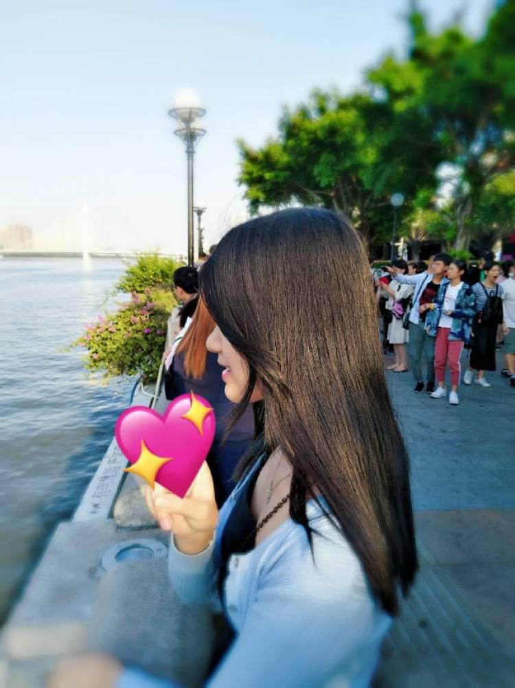 sunshine-广东省·深圳市·龙岗区-抖音-本人很喜欢拍照,身高160,体重42kg,内双眼皮,缺少网红美但有自然美。如有机会网拍,将竭尽所能支持商家摄影,期待一个机会。