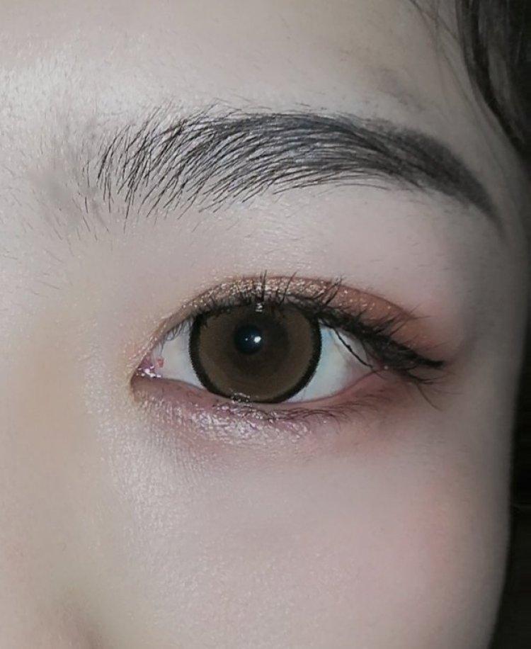 A.   妮g-内蒙古自治区·呼和浩特市·新城区--主要接一些眼睛模特,照眼睛,双眼皮